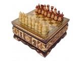 Шахматы резные ручной работы в ларце малые